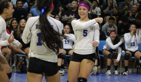 SEMIS: ROYALS KNOCK-OFF REIGNING CHAMPION COUGARS