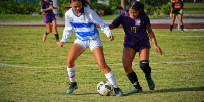ROYALS DOMINATE GECKOS IN BATTLE OF SOCCER TOP TEAMS