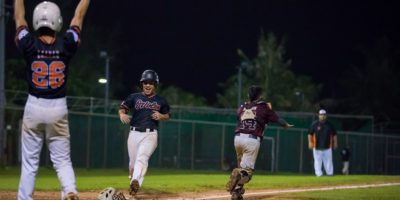 SEMIFINALS: ORIOLES TAKE GAME 1